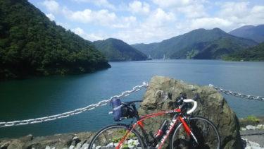 日本一の貯水量を誇る:徳山ダム(自転車ツーリング)