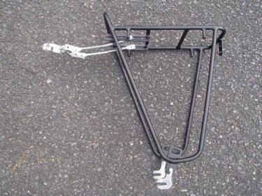 ロードバイクにキャリア(荷台)を装着する方法